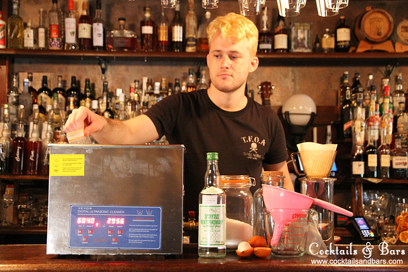 How to Make Liqueurs with an Ultrasonicator