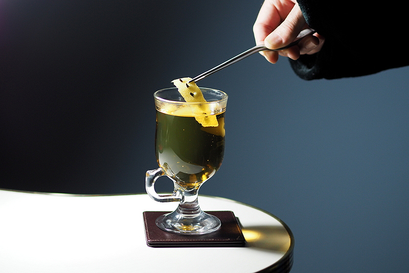 5 Hot Cocktail Recipes for a Cold Night In