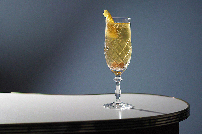 The Classic Champagne Cocktail: Recipe & Variations